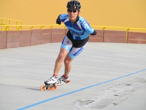 Alejandro Saenz, club royal Skate, patinaje de carreras